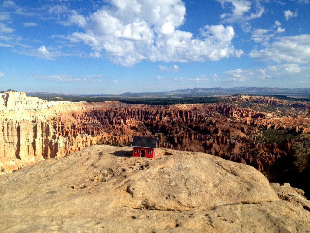 Bryce Point – Bryce Canyon UT, 20130816. Hoodoo house. #2.19 Robin Lilja